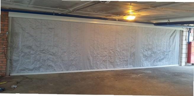 Штора завеса из пожаростойкой ткани Г1 900 г/м2